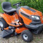 Husqvarna je běžně známá díky prémiovým a vysoce-kvalitním zahradním traktorům